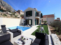 Exclusive villa with pool Makarska